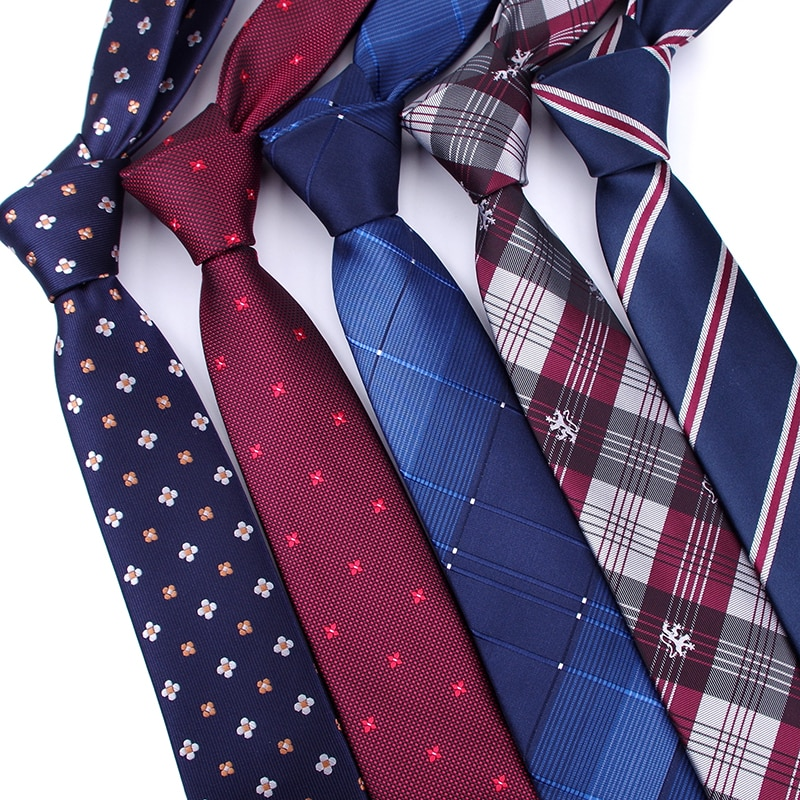 Necktie, a necessary item for gentlemen