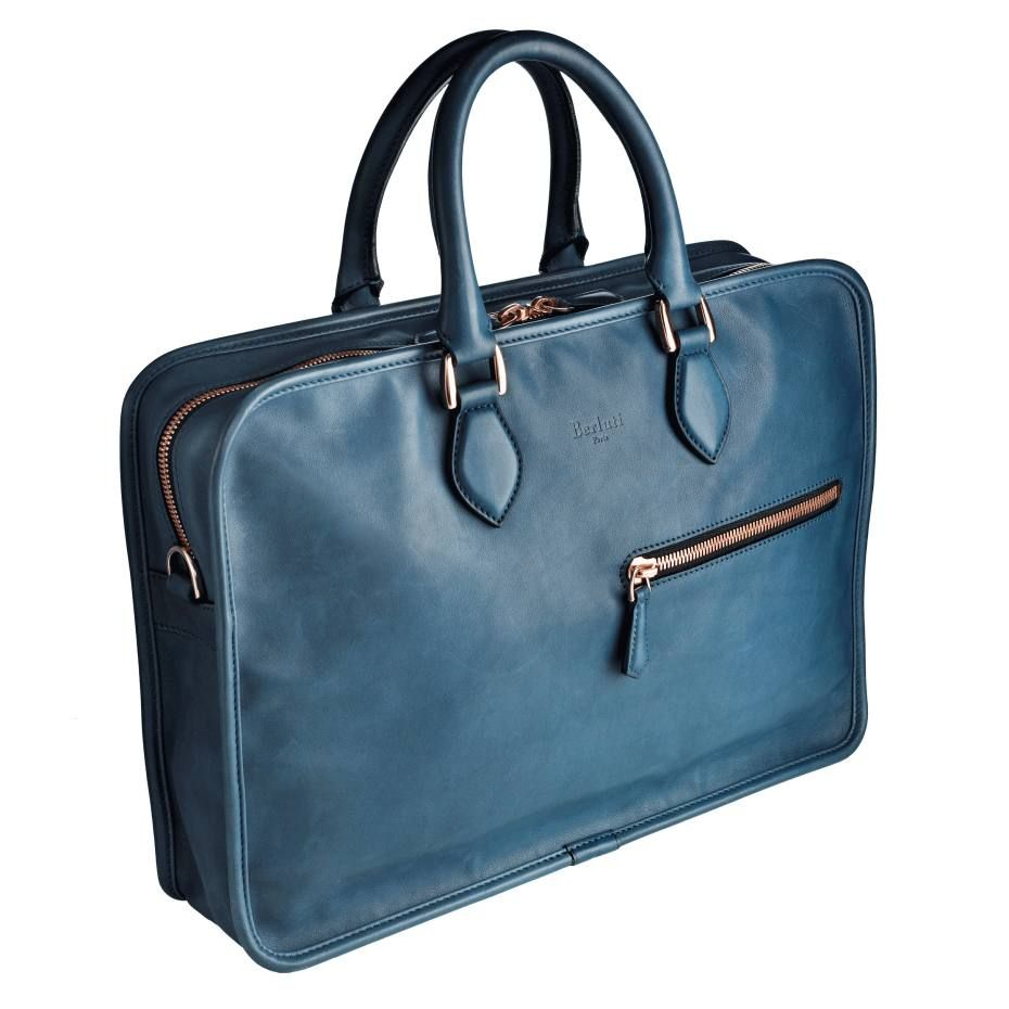 Leather bag- a stylish touch for men