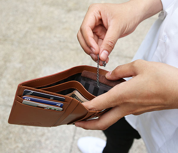 Essential Tips On Carrying Your Wallet