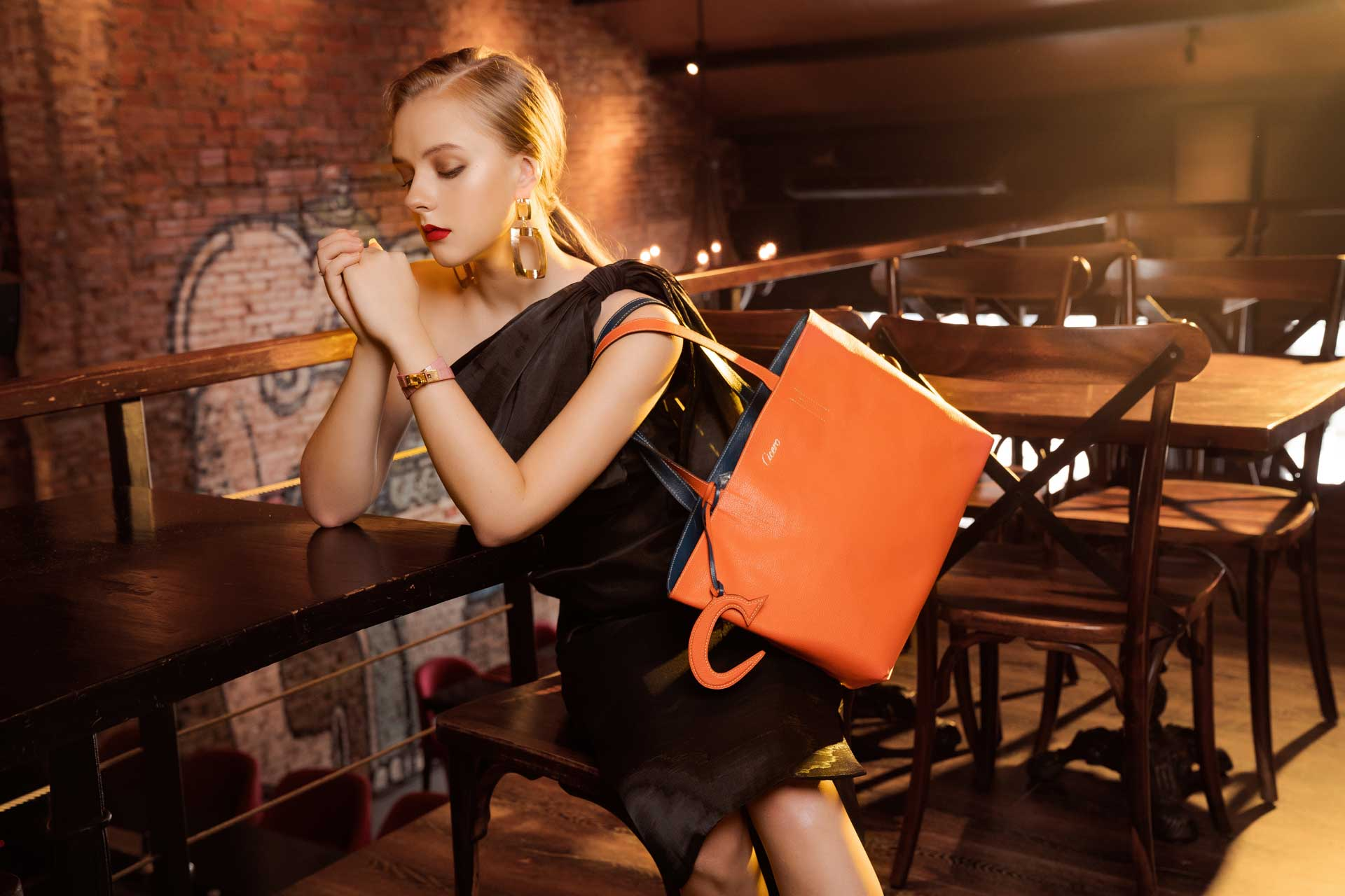 Christmas gifts with leather bags