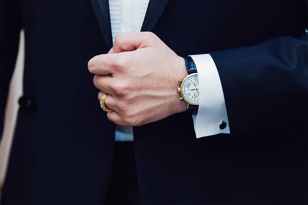 Watches are also in the top of the gift easy to win the hearts of men